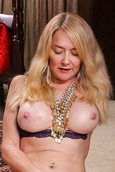 554 erotische Kontakte zum sexeln um Bocholt.