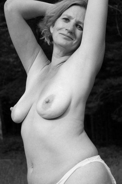 158 Sexkontakte fürs lecken nahe bei Baden-Baden.